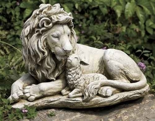 "12.5"" LION AND LAMB GARDEN FIGURE"